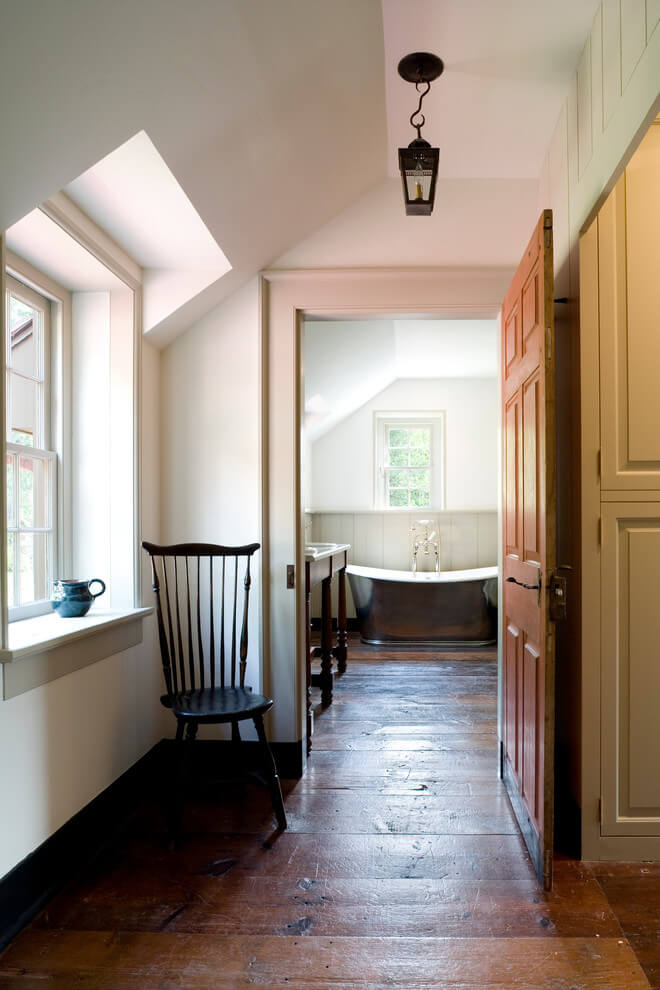 farmhouse hallway paint